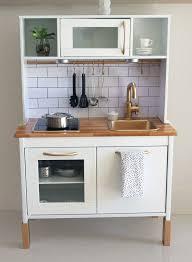 cuisine en bois pour enfant ikea 10 upgraded play kitchens that i wish were mine espaces publics