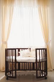 elegantes teures bett für neugeborenes baby luxus dekorationen wohnungen