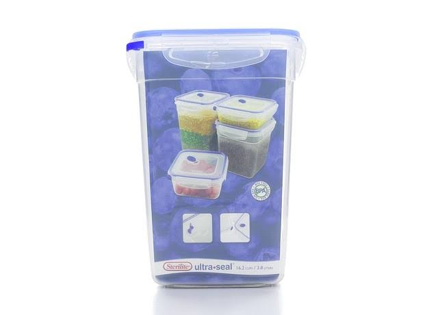 Sterilite Ultra-Seal Food Container