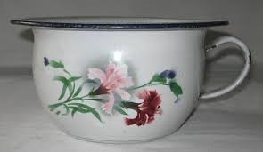 pot de chambre ancien pot de chambre ancien vase de nuit ancien en tôle émaillée à décor