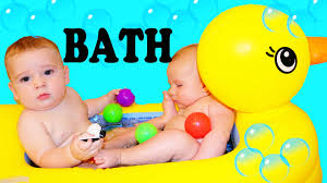 Inflatable Bathtub For Babies by Baby Bath Time Twins Babies Cousins Cute Rubber Ducky Bathtub