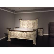 The Striking Multi Dimensional Tones Of Antique White Finish Gives This Solid Wood Pine King Bed An Ultimate Rustic Style Perfect For Your Bedroom