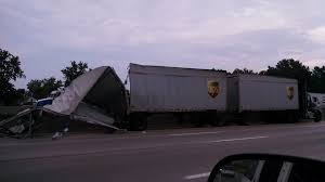 100 Ups Truck Accident Boxes All Over Highway After UPS Truck Crash On I480 Fox8com