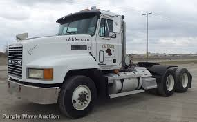 1998 Mack CH613 Semi Truck | Item DC7491 | SOLD! December 28... Used Preowned Gehl Equipment For Sale Nationwide Freight Jordan Truck Sales Trucks Inc Trucks For Sale 1995 Volvo Wca Semi Truck Item I4129 Sold October 21 Tr Tsi Semi In Illinois 2015 Freightliner Cascadia 125 Sleeper 608762 2014 Intertional Prostar 392584 Its Uptime Box Van N Trailer Magazine 2006 Skytrak 10054 Stock 2417 For Sale Near Cary Il New And Trailers At And Traler