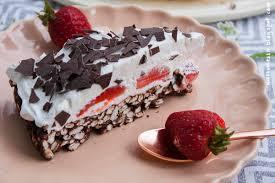 wos zum essn knusper puffreis erdbeer torte ohne backen vegan