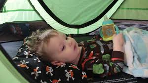 kidco peapod plus children s travel bed review and demo youtube