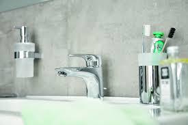 wasser sparen im bad wasser sparen randloses wc bad