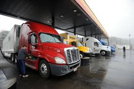 100 Penske Truck Rental Cincinnati Up To 6000 Faulty Tractortrailer Hitches May Be On The Road CBS News
