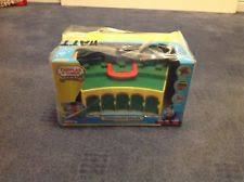 Thomas The Train Tidmouth Shed Layout by Take N Play Tidmouth Sheds Ebay