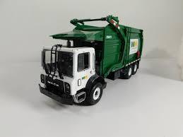1998 Mack Garbage Truck | Www.topsimages.com