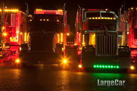 Http://www.largecarmag.com/wp-content/gallery/lcm_southern_classic12 ... Httpwwwrgecarmagmwpcoentgallylcm_southern_classic12 1695527 Acrylic Pating Alrnate Version Artistorang111 Bat Semi Truck Lights Awesome Volvo Vnl 670 780 Led Headlights Fog Light Up The Night In This Kenworth Trucknup Pinterest Biggest Round Led And Trailer 4 Braketurntail Tail For Trucks Decor On Stock Photos Oukasinfo Modern Yellow Big Rig Semitruck With Dry Van Compact Powerful Photo Royalty Free Blue Design Bright Headlight And Flat Bed Image