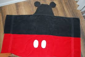 Mickey Mouse Bath Set Hooded Towels by Sunshine And A Summer Breeze Mickey Mouse Hooded Towel