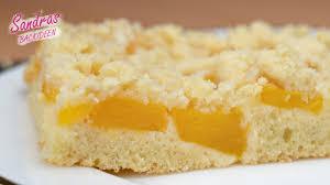 pfirsichkuchen mit streusel und mandeln einfach lecker rezept blechkuchen