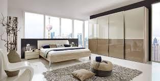 lifestyle4living schlafzimmer eiche sägerau nb glasfronten in
