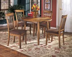 Berringer Round Dining Room Drop Leaf Table 4 UPH Side Chairs