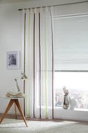 dezenter vorhang in weiß braun und grün esprit