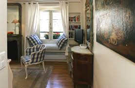 Rental Apartment Bedroom Decorating Ideas 1275882632 1 Entryway Paris Rentals 0432
