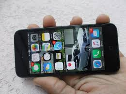 Iphone 5 for sale in Mandeville Jamaica Manchester Phones