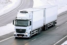 100 Mercedes Semi Truck Parent Daimler Pushing Into Autonomous S TheStreet