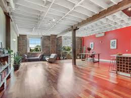 100 Teneriffe Woolstores STYLISH CHARACTER APARTMENT