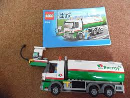 100 Lego Tanker Truck LEGO City Town 60016 Boxed 100 Complete In
