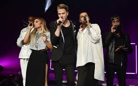 with just five voices and no band pentatonix draws largest
