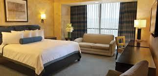 Mandalay Bay 2 Bedroom Suite by Luxor Las Vegas Vs Mandalay Bay Resort U0026 Casino Tripexpert