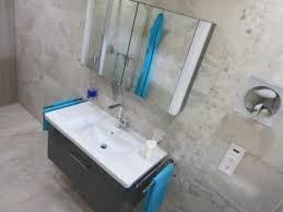 tolles bad bis zur decke gefliest badezimmer fliesen