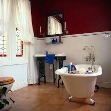 traditionelles schwarz weiss badezimmer bild kaufen