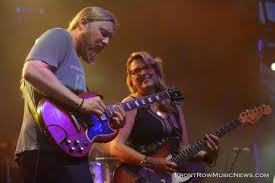 Tedeschi Trucks Band - Wheels Of Soul Tour 2017 - Front Row Music News Tedeschi Trucks Band Three Sold Out Nights At The Chicago Theatre Phish Tour Continues In Las Vegas Night 2 Setlist Recap Utter Welcomes Blake Mills Carey Frank For Wheels Of Soul 2017 Front Row Music News Gallery Review Live Jimmy Herring Doyle Bramhall Ii Tedeschi Trucks Band Infinity Hall Live