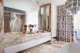 badezimmer mit marmor waschtisch bild kaufen 12430064