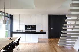 küche lack weiss matt küchenblock mit granit arbeitsplatte