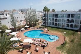 100 Ebano Apartments Entrance At The Select Oystercomau