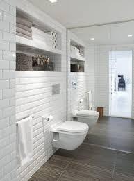 les 25 meilleures idées de la catégorie salle de bains brique sur