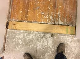 Wood Floor Leveling Filler by Leveling The Subfloor In The Bathroom