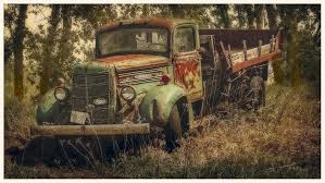 Silverpixel: OLD MACK TRUCK AGAIN