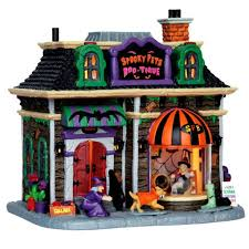 Lemax Halloween Village Displays by 93 Best Spooky Town Images On Pinterest At Home Caramel And