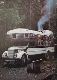 10 Spectacular Retro RVs That Will Take You Back In Time