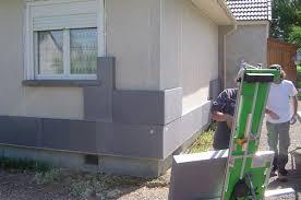 choix matériaux isolation maison comment visser du polystyrène sur