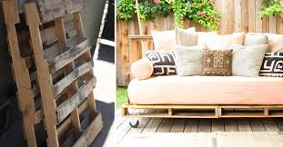 How to Make Pallet Daybed DIY & Crafts Handimania