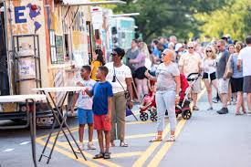 100 Food Truck Road Race FridaysNDuluth Presents Friday Duluth Town Green