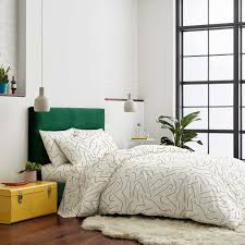 7 Best Places To Buy HotelQuality Bedding That Wont Break