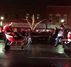 Santa Waves At The 2017 Dundee, Michigan, Home For The Holidays ... Parade Of Lights Banff Blog 2 On The Road Christmas Electric Light Parade Fire Truck With Youtube Acvities Santa Mesa Arizona Facebook Montesano Awash Color At Festival Lights The On Firetruck Awesome Mexico Highway Crew Uses Firetruck Ladder To String Photo Gallery Nov 26 2017 112617 Arrow Totowa Residents Gather For Annual Tree Lighting Passaic Valley Musical Ft Sparky Dog Youtube Rensselaer Adventures 2015