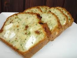 recette de cuisine cake recette cake salé figue feta et herbes fraîches cuisinez cake