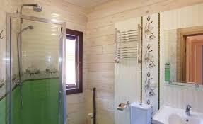 badezimmer im blockbohlenhaus blockbohlenhaus haus holzhaus