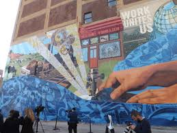 Philadelphia Mural Arts Program Jobs by A Mural That Works Is Unveiled In Chinatown