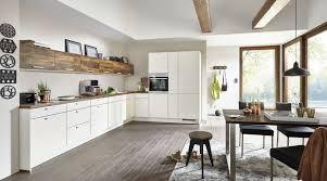 grosszügige l küche fashion nobilia mit front in matt magnolia