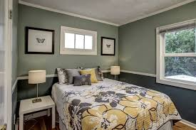 Two Tone Walls With Chair Rail by Two Toned Rooms Best 25 Two Toned Walls Ideas On Pinterest Two