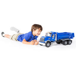 Bruder MACK Granite Halfpipe Dump Truck, Play Vehicles - Amazon Canada