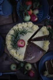 bratapfeltorte mit zimt buttercreme und eine edeka